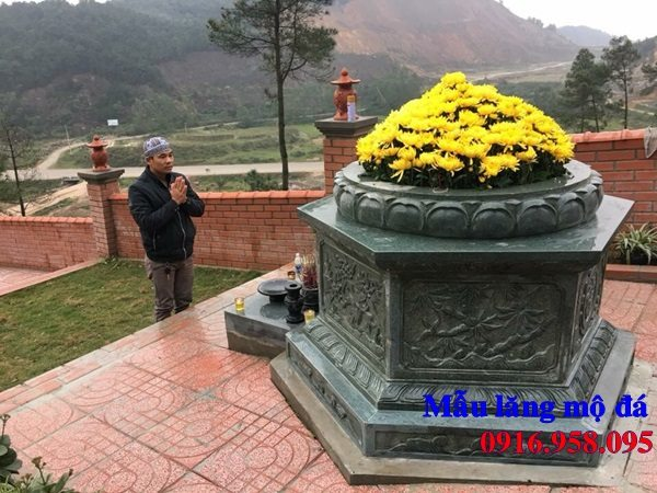 Giá lăng mộ đá xanh nguyên khối