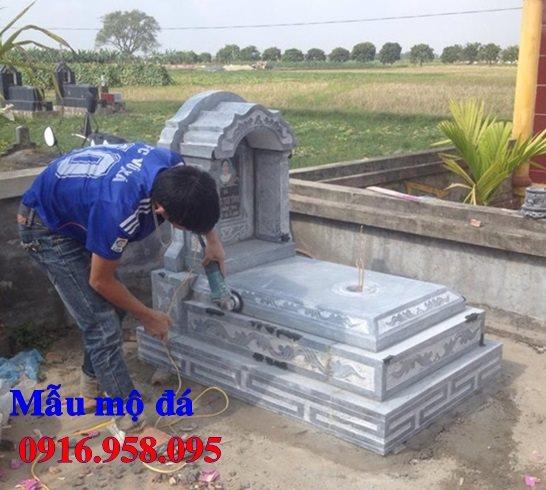 50 Mẫu mộ tam cấp bằng đá xanh đẹp 39