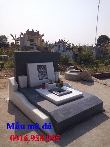 50 Mẫu mộ tam cấp bằng đá xanh đẹp 43
