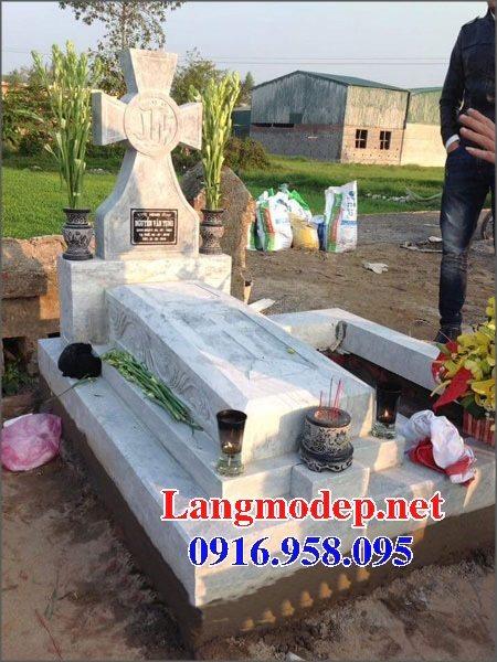 Mẫu lăng mộ đạo thiên chúa xây bằng đá đẹp 02