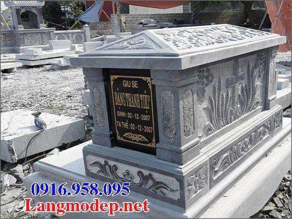 Mẫu lăng mộ đạo thiên chúa xây bằng đá đẹp 07