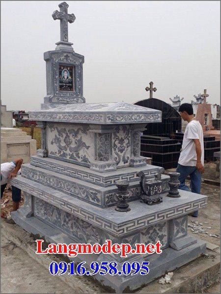 Mẫu mộ công giáo đẹp xây bằng đá xanh 10