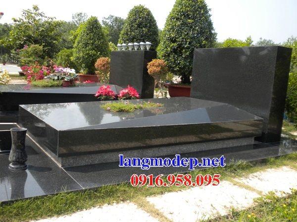 Những mẫu mộ đá granite tự nhiên nguyên khối đẹp kích thước chuẩn phong thủy