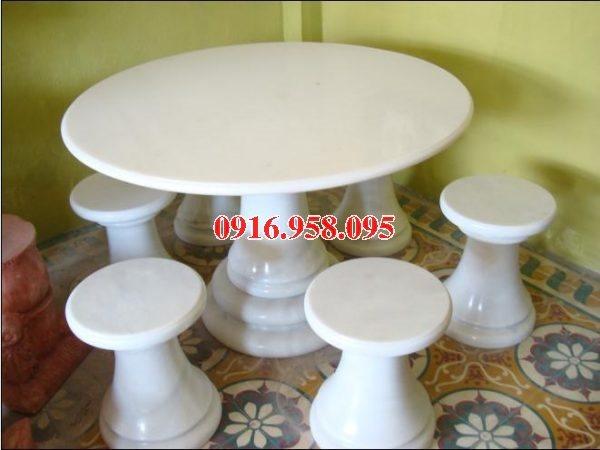 100 Mẫu bộ bàn ghế đá tự nhiên nguyên khối lắp đặt ngoài sân vườn đẹp bán tại lai châu