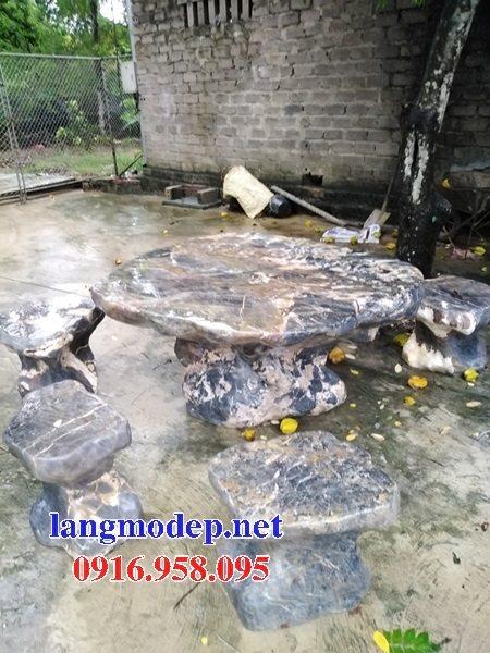 100 Mẫu bộ bàn ghế đá tự nhiên nguyên khối lắp đặt ngoài sân vườn đẹp bán tại tuyên quang