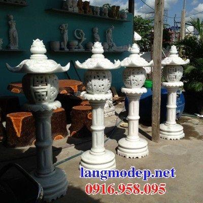 Các mẫu đèn đá sân vườn đẹp bán tại hưng yên