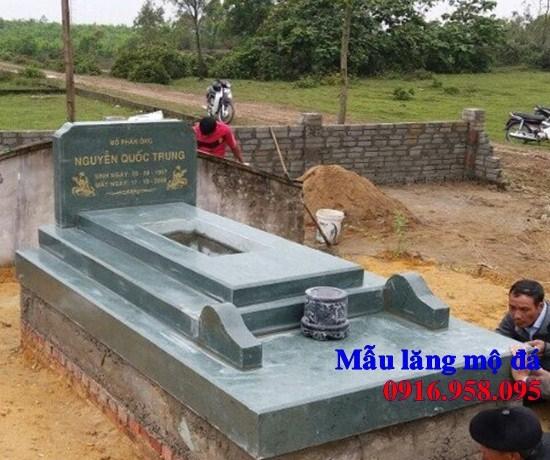 93 Mẫu mộ đá hoa cương xanh rêu đẹp bán tại Ninh Bình