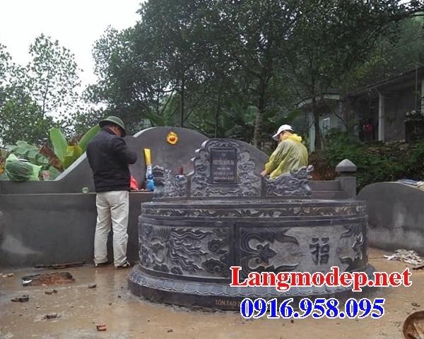 93 Mẫu mộ tròn bằng đá tự nhiên nguyên khối đẹp bán tại Ninh Bình