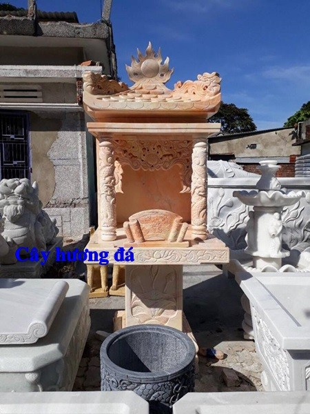 92 Mẫu cây hương miếu thờ thần linh nhà thờ họ đình đền chùa miếu khu lăng mộ b92 Mẫu cây hương miếu thờ thần linh nhà thờ họ đình đền chùa miếu khu lăng mộ bằng đá đỏ tại Phú Thọằng đá đỏ tại Phú Thọ