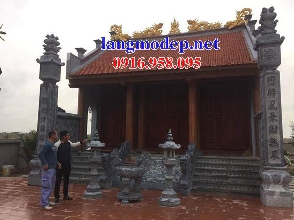 Mẫu cột đá đồng trụ nhà thờ họ đình đền chùa miếu bằng đá xanh Thanh Hóa tại Cần Thơ