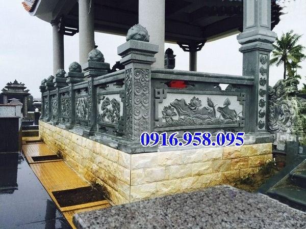 Mẫu cột đá đồng trụ nhà thờ họ đình đền chùa miếu bằng đá xanh rêu tại Cần Thơ