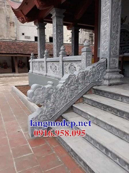 Mẫu cột đá đồng trụ nhà thờ họ bằng đá thiết kế hiện đại tại Long An