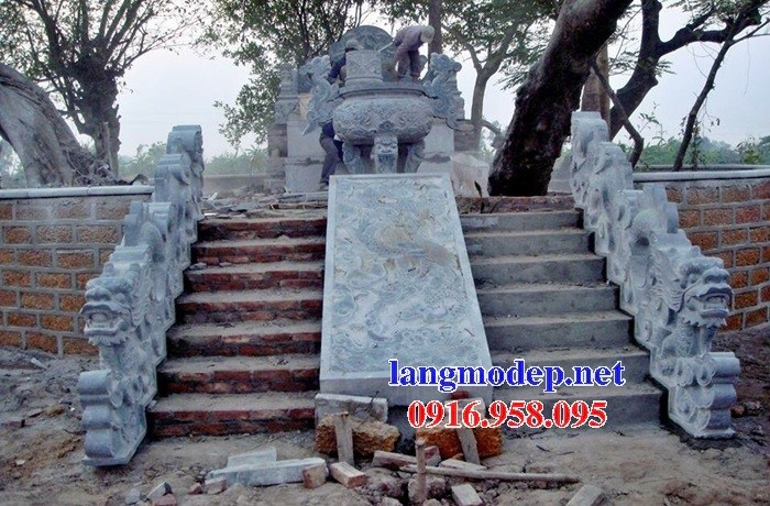Mẫu rồng bậc thềm nhà thờ họ từ đường đình đền chùa miếu bằng đá Thanh Hóa tại Trà Vinh