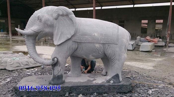 Mẫu voi phong thủy nhà thờ họ từ đường đình đền chùa miếu bằng đá Ninh Bình tại Hậu Giang