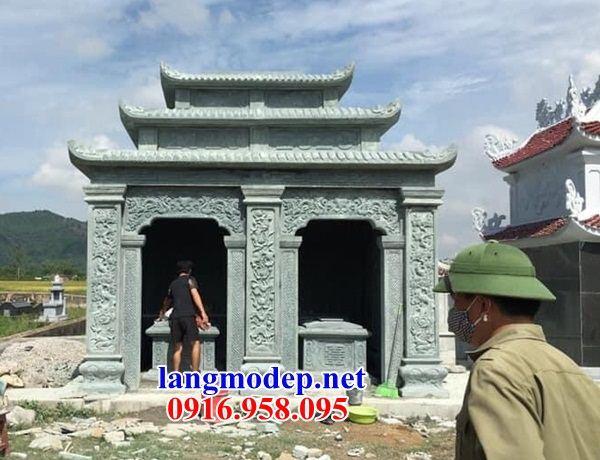 Mẫu mộ đôi gia đình ba mái bằng đá xanh rêu cao cấp bán tại Cao Bằng