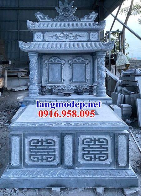 Mẫu mộ đôi gia đình dòng tộc hai mái bằng đá xanh Thanh Hóa tại Bạc Liêu