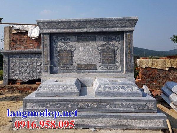 Mẫu mộ đôi gia đình dòng tộc không mái bằng đá tự nhiên nguyên khối tại Bạc Liêu