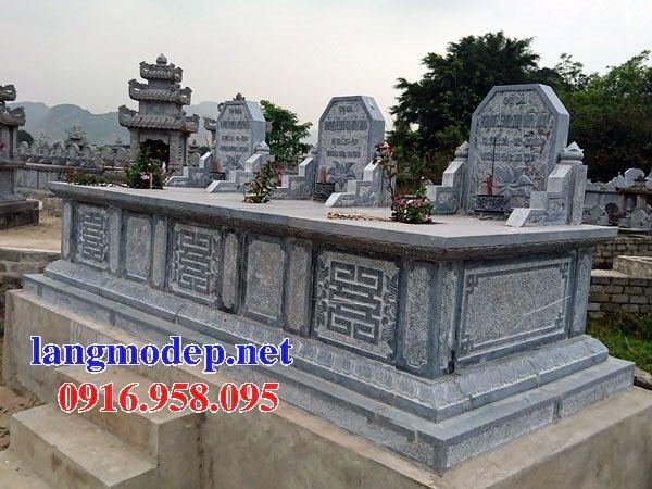 Mẫu mộ đôi gia đình không mái bằng đá ba ngôi kề nhau bán tại Tiền Giang