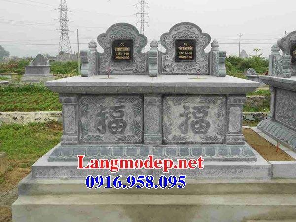 Mẫu mộ đôi gia đình không mái bằng đá cất để tro hài cốt hỏa táng tại Đồng Tháp