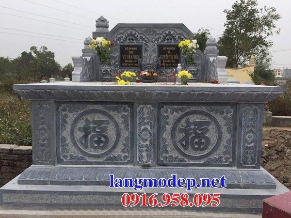 Mẫu mộ đôi gia đình không mái bằng đá tự nhiên nguyên khối bán tại Bình Phước
