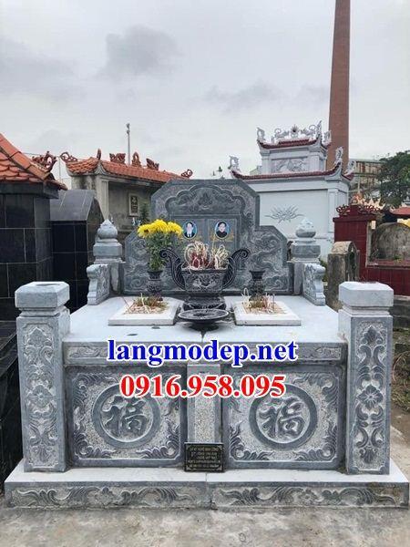 Mẫu mộ đôi gia đình không mái bằng đá thiết kế đẹp tại Đồng Tháp