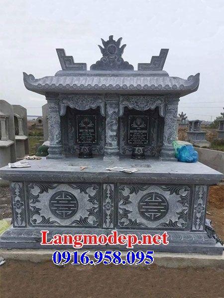 Mẫu mộ đôi gia đình một mái bằng đá xanh Thanh Hóa tại Ninh Bình