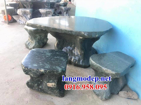 Bàn ghế đá xanh rêu tự nhiên nguyên khối đẹp giá rẻ