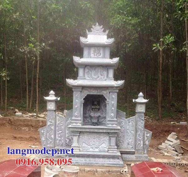 Cây hương thờ chung bằng đá tại Cà Mau