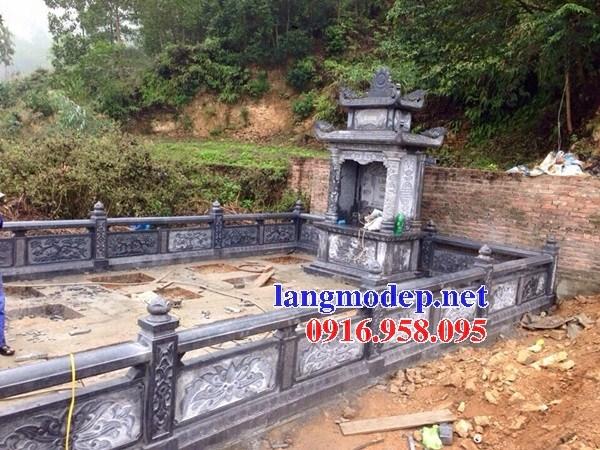 Cây hương thờ chung nghĩa trang gia đình dòng họ bằng đá tự nhiên nguyên khối tại Cà Mau