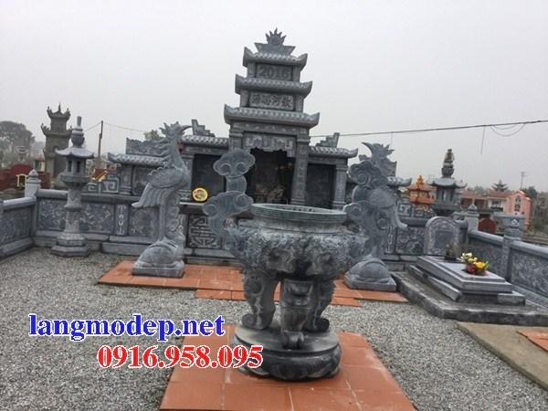 Cây hương thờ chung nghĩa trang gia đình dòng họ bằng đá thiết kế hiện đại tại Cà Mau