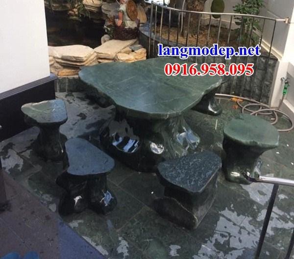 Mẫu bộ bàn ghế đá xanh rêu tự nhiên nguyên khối đẹp