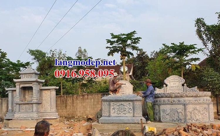 Lăng mộ tổ tròn bằng đá tự nhiên chạm khắc hoa văn tinh xảo tại An Giang