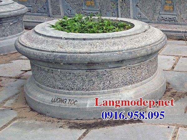 Lăng mộ tròn để hài cốt bằng đá tại Cần thơ