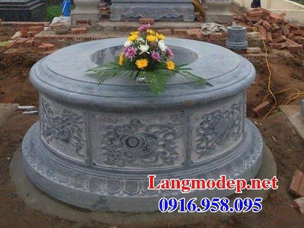 Lăng mộ tròn kích thước phong thủy bằng đá cất để tro hài cốt hỏa táng tại Cà Mau