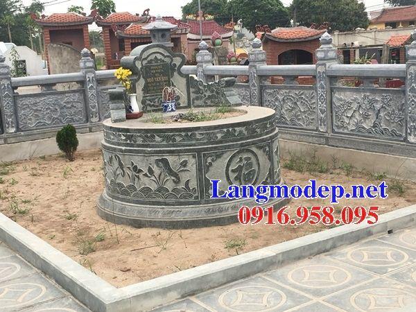 Mẫu mộ tròn bán sẵn bằng đá xanh rêu tại Kiên Giang
