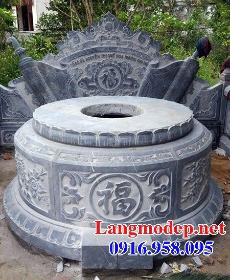 Mẫu mộ tròn cất tro cốt bằng đá tại Bến Tre