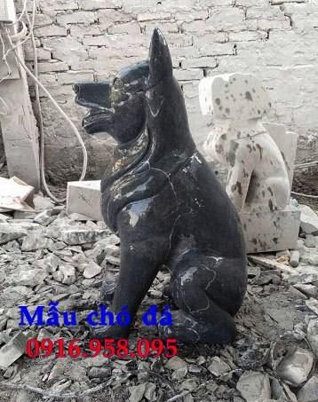 Mẫu chó phong thủy canh cổng bằng đá tự nhiên nguyên khối đẹp tại Điện Biên