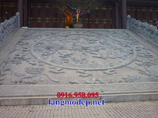 Rồng bậc thềm chiếu rồng đình chùa bằng đá xanh nguyên khối đẹp bán tại Bến Tre