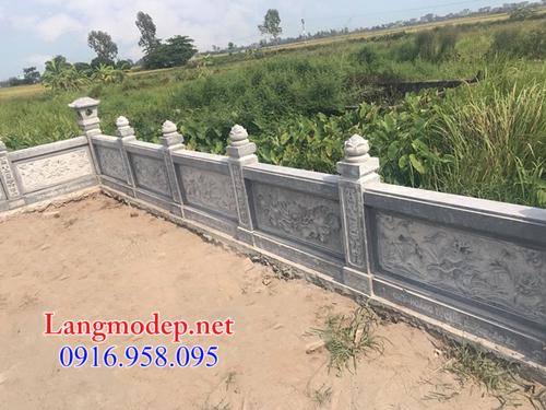 Hàng rào đá khu lăng mộ tại Bình Dương