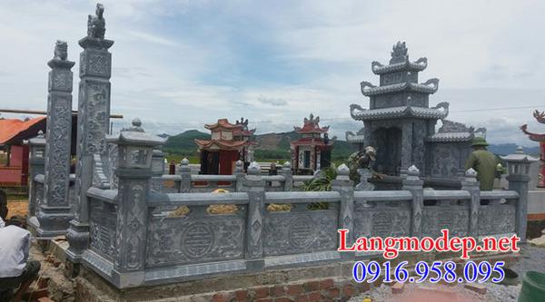 lan can đá nhà mồ chạm khắc hoa văn tinh xảo tại Phú Yên