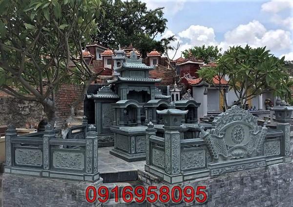 Khu lăng mộ làm từ đá xanh rêu thanh Hóa 01